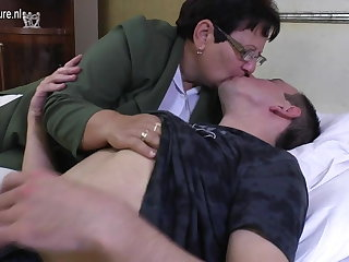 Taboo mature Mama fucks her young house-servant