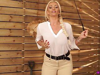 Sexy nicely shaped English nympho Lucy Zara exposes say no to juicy bosom