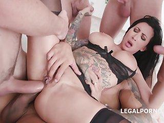 Big Bust Whore Gang Banged - Xozilla Porn Movies