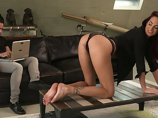 Sex-starved babe Lyen Parker is anxious for crazy anal sex and deepthroat blowjob