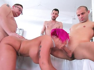Three men fuck the married cougar waiting for she swallows their jizz