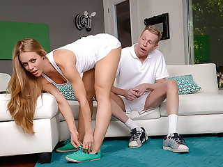 Nicole Aniston loves a deep, wringing wet creampie