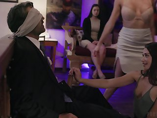 Damn good pussy drilling make nervous during wild MFFF foursome with Gia Paige