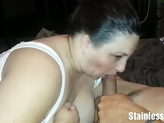 Housewife blows my floppy wiener