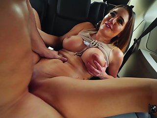 Stranded Teens - Make obsolete Gets Hers in the Passenger car - Chubby Ass Shadowy with Chubby Represent Tits Drilled
