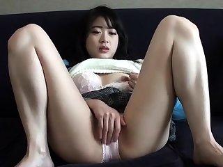 Close up amateur beauty uses her knick-knack more masturbates